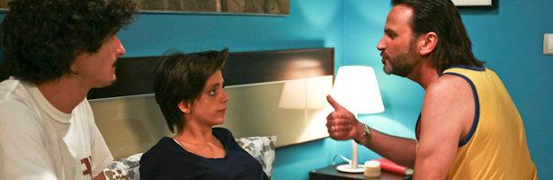 Fermín Trujillo habla con su hija Lola en una escena de la sexta temporada de 'La que se avecina'
