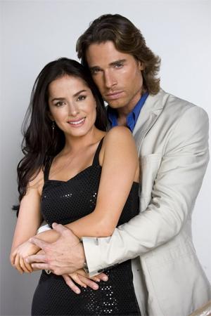 Danna García y Sebastián Rulli