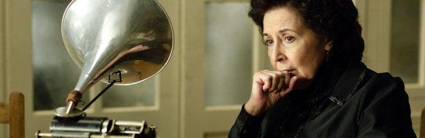 Concha Velasco como la gobernanta doña Ángela en 'Gran Hotel'