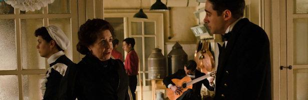 Doña Ángela habla con su hijo Andrés