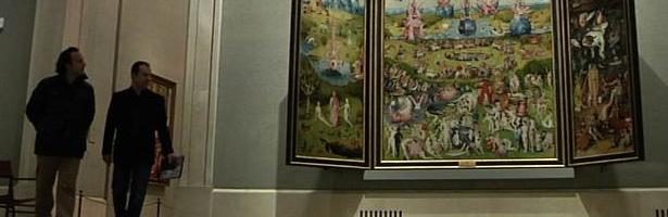 Iker jim nez y javier sierra recorren a solas el museo del for Noticias cuarto milenio