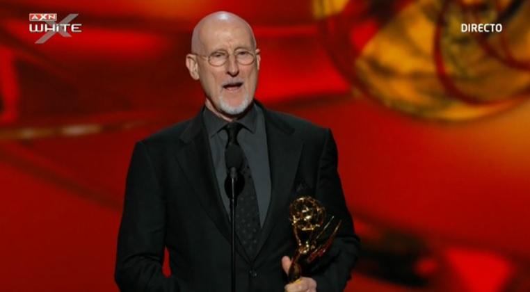 James Cromwell recibe el Emmy por 'American Horror Story'