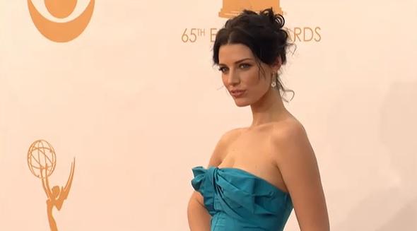 Jessica Paré en los Emmy 2013
