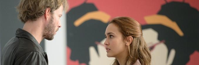 Megan Montaner junto a Eloy Azorín en 'Sin identidad'