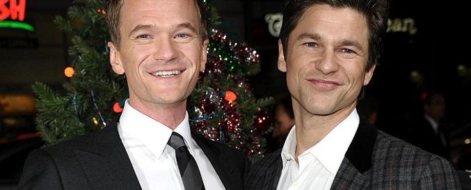 Neil Patrick Harris (izquierda), junto a su marido (derecha), el también actor David Burtka.