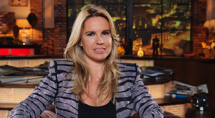 Carmen porter copresentadora de 39 cuarto milenio 39 multada for Noticias cuarto milenio