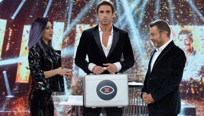 Hugo recoge el maletín de Bea, ganadora de 'GH 17'