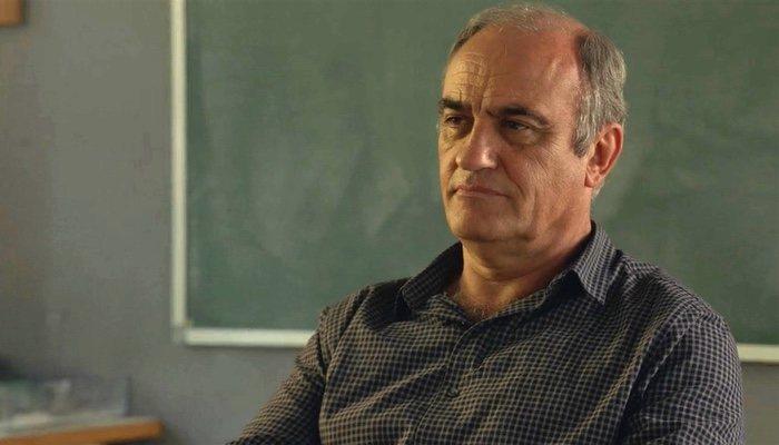 Francesc Orella es Merlí Bergeron</p><p>
