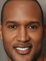 Henry Simmons