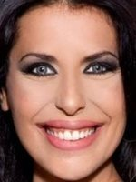 Selena Leo