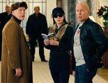 """Frank Moses vuelve a reunir a su equipo de veteranos espías para rastrear una cabeza nuclear y demostrar que no están acabados en """"RED 2"""""""