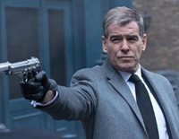 """Protagonizada por Pierce Brosnan y Emma Thompson, """"Survivor"""" cuenta la historia de un funcionaria del Servicio Secreto londinense que se convierte en la única superviviente tras el bombardeo de sus oficinas"""