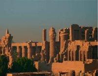 'Desmontando la Historia: las siete maravillas' viaja hasta Egipto para averiguar todo lo que esconden las famosas pirámides e intentar resolver las incógnitas que las rodean