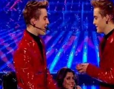 "John & Edward: ""Oops! I did it again"""