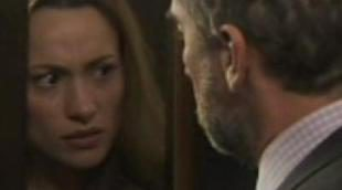 Adriana, a punto de descubrir la infidelidad de su padre