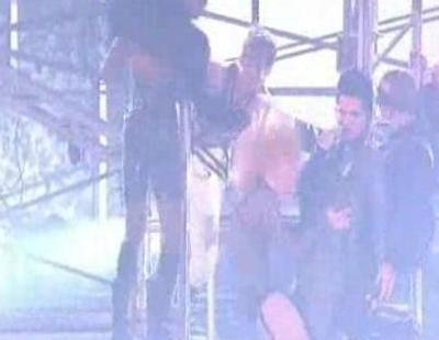 """Adam Lambert: """"For Your Entertainment"""" en los AMA"""