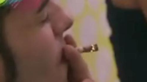 Los concursantes de 'Generación Ni-Ni' son pillados fumando porros