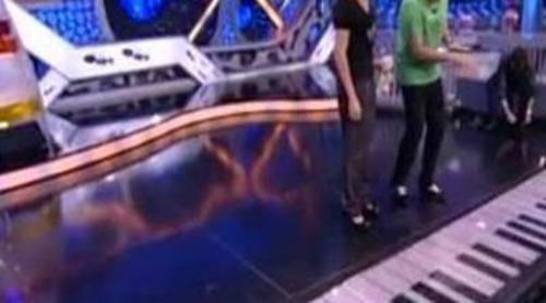 """Jandro y Pablo tocan el piano de """"Big"""" en 'El hormiguero'"""