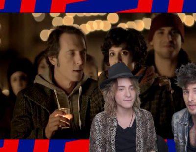 Blas Cantó (Auryn) imita a los protagonistas del anuncio de la Lotería de Navidad de 2013