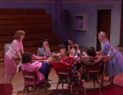 "Así suena ""Summer nights"" en 'Grease: Live'"