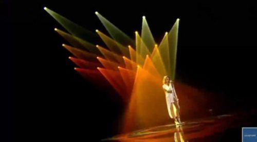 """Barei comenzó su tour europeo interpretando """"Say Yay!"""" en Ucrania"""