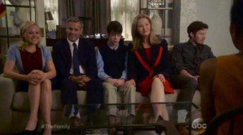 Avance de 'The Family', el nuevo thriller político de ABC sobre el regreso de un niño tras haber desaparecido 10 años