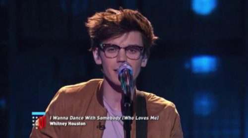 "MacKenzie Bourg arrasa en 'American Idol' con una nueva versión de la canción ""I wanna dance with somebody"" de Whitney Houston"