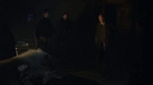 Davos y Fantasma defienden a Jon Snow en la primera secuencia inédita de la 6ª temporada de 'Juego de Tronos'