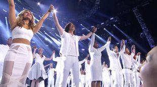 """Los concursantes de 'American Idol' se unen para interpretar """"One Voice"""" en la gala final"""