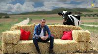 Carlos Lozano protagoniza su primera promo como presentador de 'Granjero busca esposa'