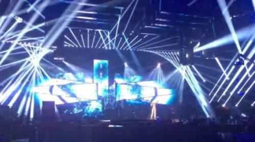 "Iveta Mukuchyan (Armenia) canta ""LoveWave"" en el Dress Rehearsal de la final de Eurovisión 2016"