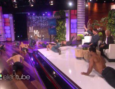 """Channing Tatum presenta su espectáculo """"Magic Mike Live"""" y Ellen Degeneres llena el plató de hombres desnudos"""