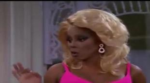 RuPaul le hace un cambio de imagen a la protagonista de 'Sabrina, cosas de brujas'
