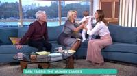 Una madre amamanta a su hijo en directo durante un programa de televisión en Reino Unido