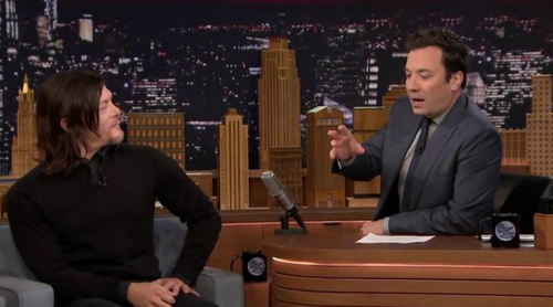 "Norman Reedus avisa a los fans de 'The walking dead': ""Vais a patear vuestros televisores"""