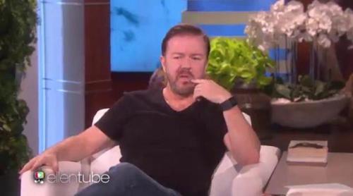 Ellen DeGeneres asusta a Ricky Gervais con un imitador de Donald Trump