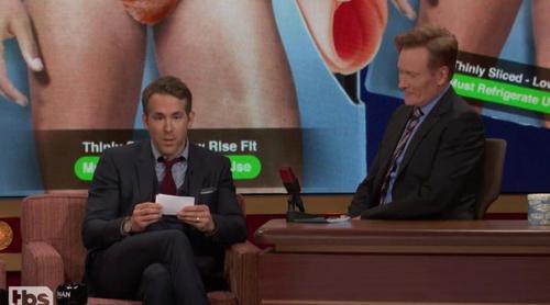 """Ryan Reynolds y Conan O'Brien imaginan cómo sería """"El diario de Noa 2"""""""