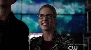 """Felicity ('Arrow'), encantada con el crossover de los superhéroes de DC en The CW: """"El mejor equipo del mundo"""""""