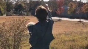 Eleven ('Stranger Things') imita a Negan de 'The Walking Dead'