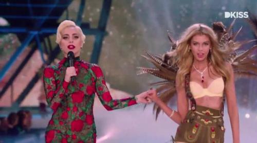 """Lady Gaga y Bruno Mars, más """"de moda"""" que nunca tras participar en el desfile de Victoria's Secret"""