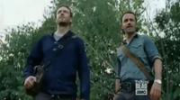 'The Walking Dead': Rick y Aaron atraviesan un lago infestado de zombies en el octavo episodio de la T7