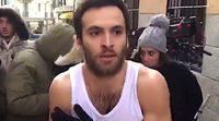 """Ricardo Gómez, en calzoncillos en la calle: """"Guionistas de 'Cuéntame', dejemos de rodar verano en diciembre"""""""