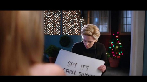 'Saturday Night Live': La doble de Hillary Clinton parodia la película 'Love Actually'