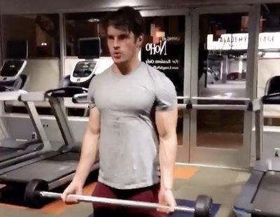 Gregg Sulkin ('Faking It') publica un vídeo ejercitando su cuerpo