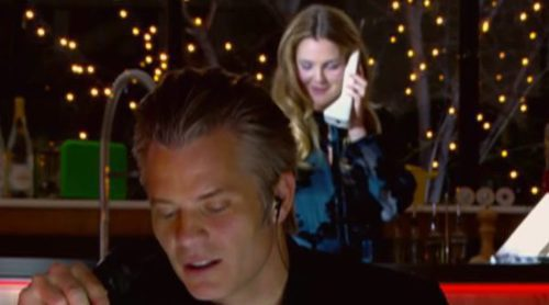 "Drew Barrymore y Timothy Olyphant ('Santa Clarita Diet') recrean la escena inicial de ""Scream"""