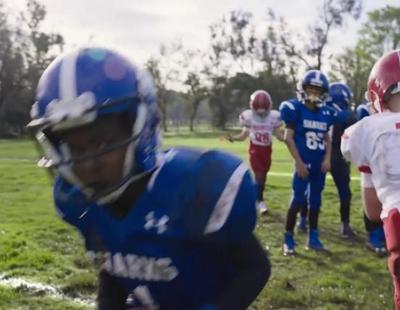 Miranda Kerr y Cam Newton protagonizan el spot publicitario de Buick para la Super Bowl 2017