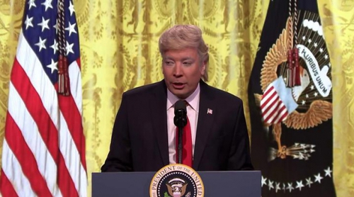 Jimmy Fallon parodia de nuevo al presidente Donald Trump en 'The Tonight Show'