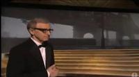 Woody Allen pisa por primera y única vez el escenario de los Oscar para homenajear a Nueva York tras el 11-S
