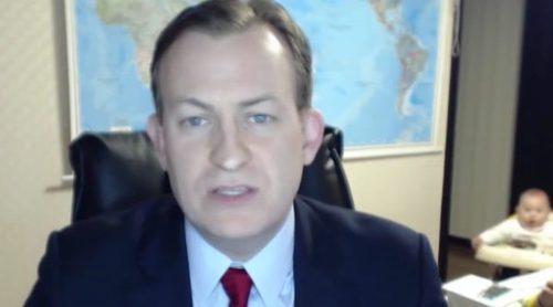 La desternillante irrupción de unos niños a su padre mientras era entrevistado por la BBC