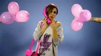Chenoa sigue riéndose de ella misma en el fashion film de Loverss